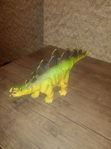Dinozavr. hundurluk 35sm uzunluq 50sm