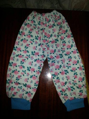 Новые красивые штанишки. на 1//2г. очень приятный материал. мягкий. в Бишкек