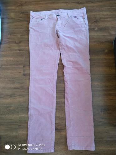 розовая мужская одежда в Кыргызстан: Брюки, вельветовые, цвет нежно розовый, размер L, состояние хорошее