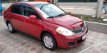 Nissan Versa 1.8 л. 2008 | 95000 км