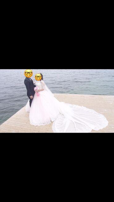Свадебное платье сшитое в ТурцииОдевала 1 раз в стамбуле Шлейф 4 м