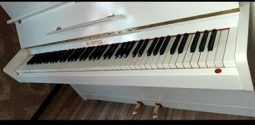Ağ parlaq Belarus pianinosu 800 manat