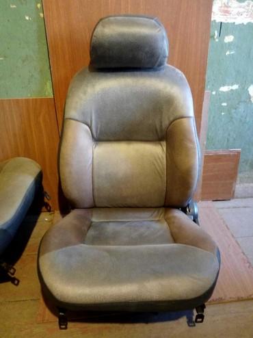 Ehtiyat hissələri və aksesuarlar Qubada: Hyundai Galloper 1997 ci il modelin ön oturacaqları satılır