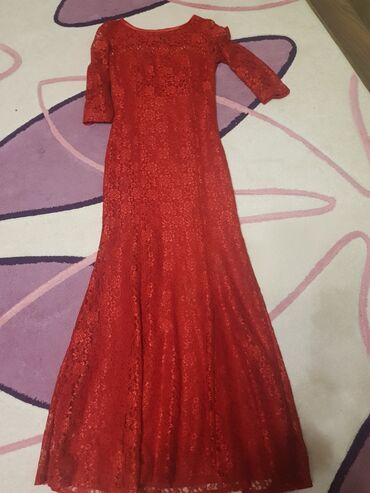 Женская одежда - Кок-Джар: Продаю срочно платье одевала 2 раза