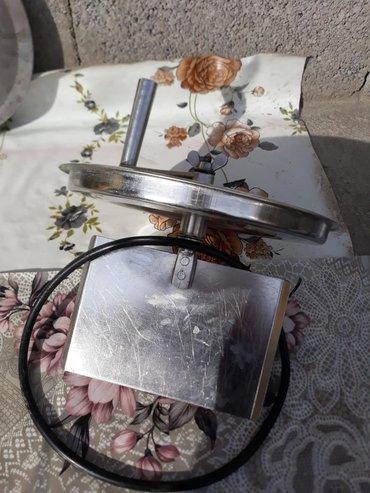 Крышки в Кыргызстан: Крышка маслобойка в отличном состоянии