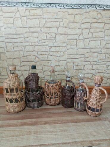 продам лотки для яиц бу в Кыргызстан: Оплетение бутыли и графин. 0,5л и 1,0 литр.Ручная работа. Принимаю