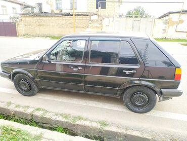 Volkswagen - Azərbaycan: Volkswagen 1.6 l. 1990   366733 km