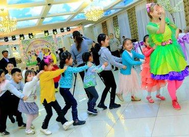 преподаватель танцев в Кыргызстан: Аниматоры и мультгерои! яркое и веселое шоу с клоунами и мультгероями