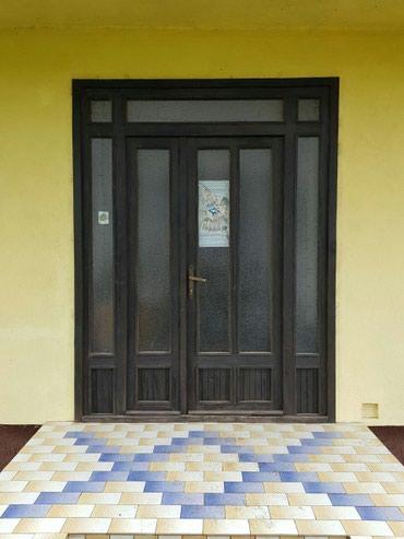 Ostalo za kuću | Backa Topola: Drveni ram.175x230 sa svetlarnikom i ulaznim vratima dvokrilnim sa