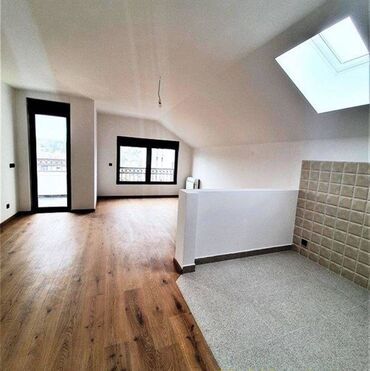 Nekretnine - Srbija: Apartment for sale: 4 sobe, 84 kv. m