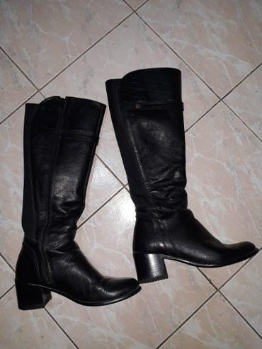 Crne kozne duge cizme,nosene ali ocuvane,vel.39....cena 1.000 - Smederevo - slika 3