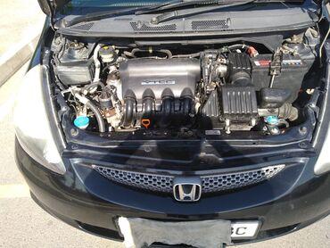 Honda Fit 1.5 л. 2005 | 171000 км