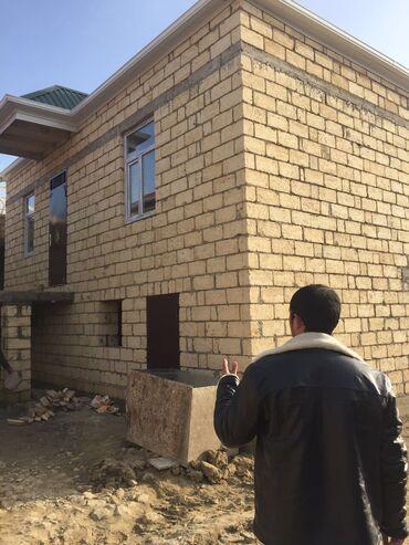 2 х спальную кровать в Азербайджан: Tecili masazirda avtobus dayanacaqina 3 deqiqelik piyada, 7 das ku
