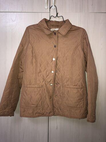 Куртки - Бежевый - Бишкек: Легкая курточка. 500 сом
