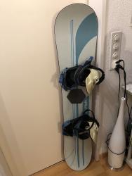 AKCIJA Snowboard br.10 Burton sa vezovima 143 cm, uvoz CH