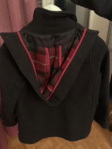 вешалка для верхней одежды в Азербайджан: Пальто фирмы Hacket London.Новое.На мальчика 7-8 лет.Пойдет и на 10