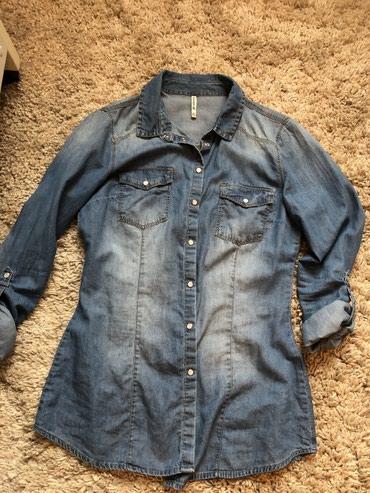Рубашка джинсовая , женская. Размер S. 1250сом в Бишкек