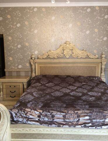 Продам спальный гарнитур, 6 предметов, кровать супер king size шкаф