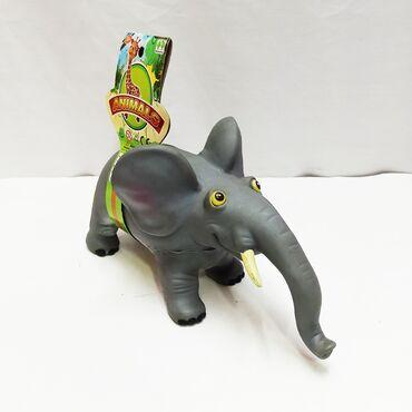 Небольшой резиновый слоник - крупнейшее животное на Земле для