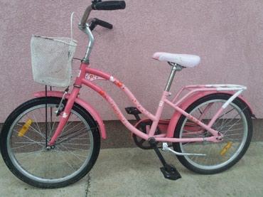 Hello kity Deciji bicikli ocuvan, za dete 5-9god. cena 4500din.Nije - Zabalj