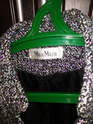 Max Mara firmasının. Qolsuz palto. Təzə kimidir. Cəmi 2-3 dəfə