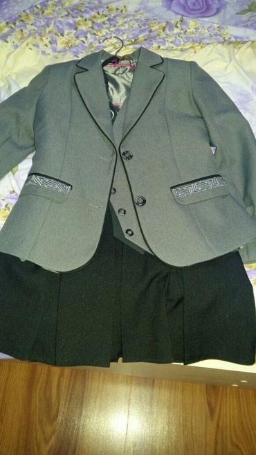 Костюм тройка пиджак жилет юбка в Бишкек