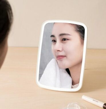 led paneli kvadratnye в Кыргызстан: Зеркало для макияжа с led-подсветкой xiaomi desktop led makeup mirror