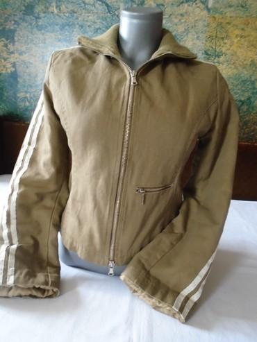 Jaknica-bela-postavljena - Srbija: Kvalitetna italijanska jaknica, postavljena iznutra, strukirana, divno