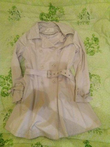 Продаю плащ в отличном состоянии. размер 48-50.   в Бишкек