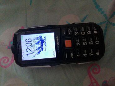 Mobilni telefoni   Jagodina: Novo Samsung B300 1 GB crno
