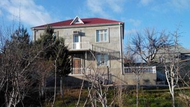 Bakı şəhərində Buzovnada kohne kruqa ve Araz markete yaxin 6 sotda 2 mertebeli villa