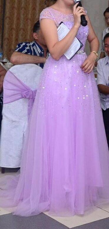 вечерние платья со шлейфом в Кыргызстан: Продаю вечернее платье со шлейфом