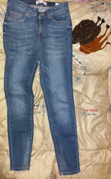женс. джинсы ,в отличном сост👌 носила один раз ,фирменные 🖒 в Бишкек