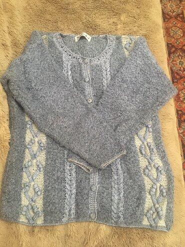 джемперы в Кыргызстан: Женский джемпер, в хорошем состоянии, 50 размер, ангорка букле, 100