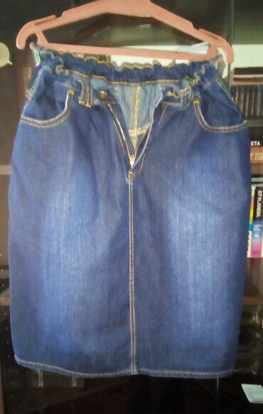 Prodajem teksas suknju veličine 34 novu i neoštećenu.Cena suknje je