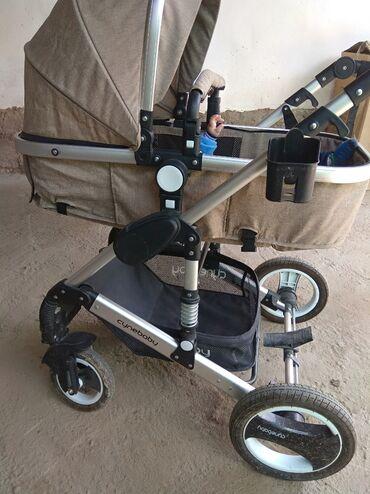Детский мир - Ноокат: Срочно продается коляска трансформер,очень хорошем состояние