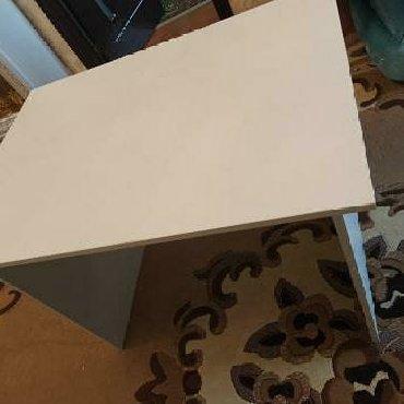 Дом и сад в Агджабеди: Stol ders masası kimi isdifade elemek olar kamputer masası kimide