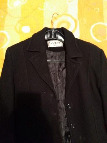 Crni kaput - Srbija: Crni kaput malo nosen odgovara m velicini