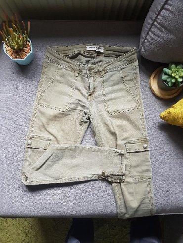 Pantalone tally weijl sa elastinom - Srbija: Maslinaste pantalone Tally Weijl,plitak struk, sa zippom na