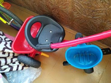 Велосипед детский трех колесный, катались раза 3-4. в идеальном