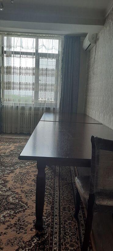 2 Стола - в длину 200, в ширину 120. 10 Стульев