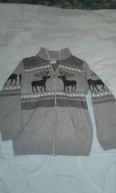 Мужские свитера в Кыргызстан: Теплая кофта на мальчика 10-12лет г.Кант