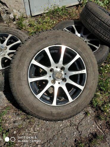Шины для грузовиков - Кыргызстан: Продаю шины с дисками 175/70/13,разболтовка 4/100