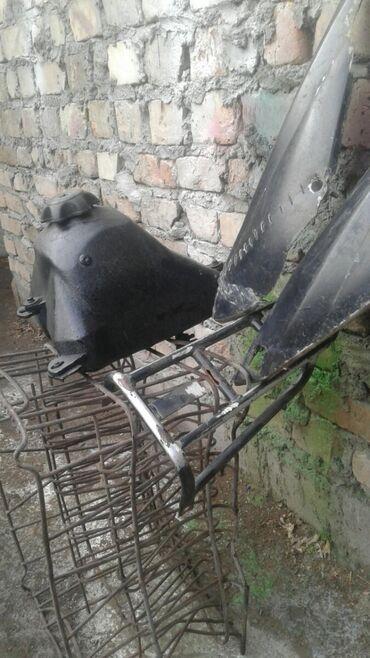 перфораторы pit в Кыргызстан: Продаю бак богажник бокавинки на питбайк бак целый всё вместе 2500 мин