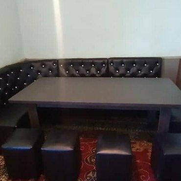 Комплекты столов и стульев - Кыргызстан: Продаю кухонный уголок на заказ и в наличии.доставка по городу