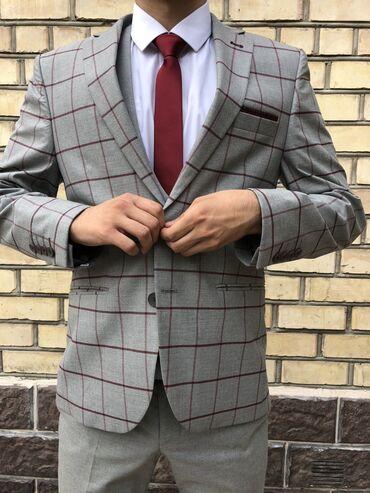 Htc one mini grey - Кыргызстан: Костюм почти новый одевали всего 2 раза.Отдам за разумную ценуРост 180