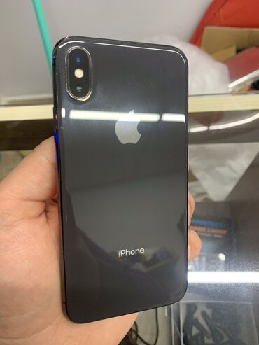 IPhone X 256GB yaxsi vezyetde hecbir problemi yoxdu,karobka adaptor