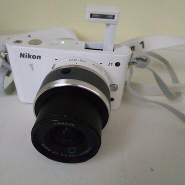 фотоаппарат на велосипед в Кыргызстан: Продаю фотоаппарат Nikon1,состояние практически новый, не пользовался