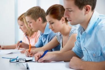Подготовка в ВУЗ Индивидуальные и групповые занятия по химии биологии