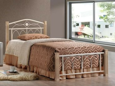 продаю односпальную кровать без матраса. покупали месяц назад в магази в Бишкек